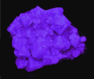 FLUORITE sw lw blue