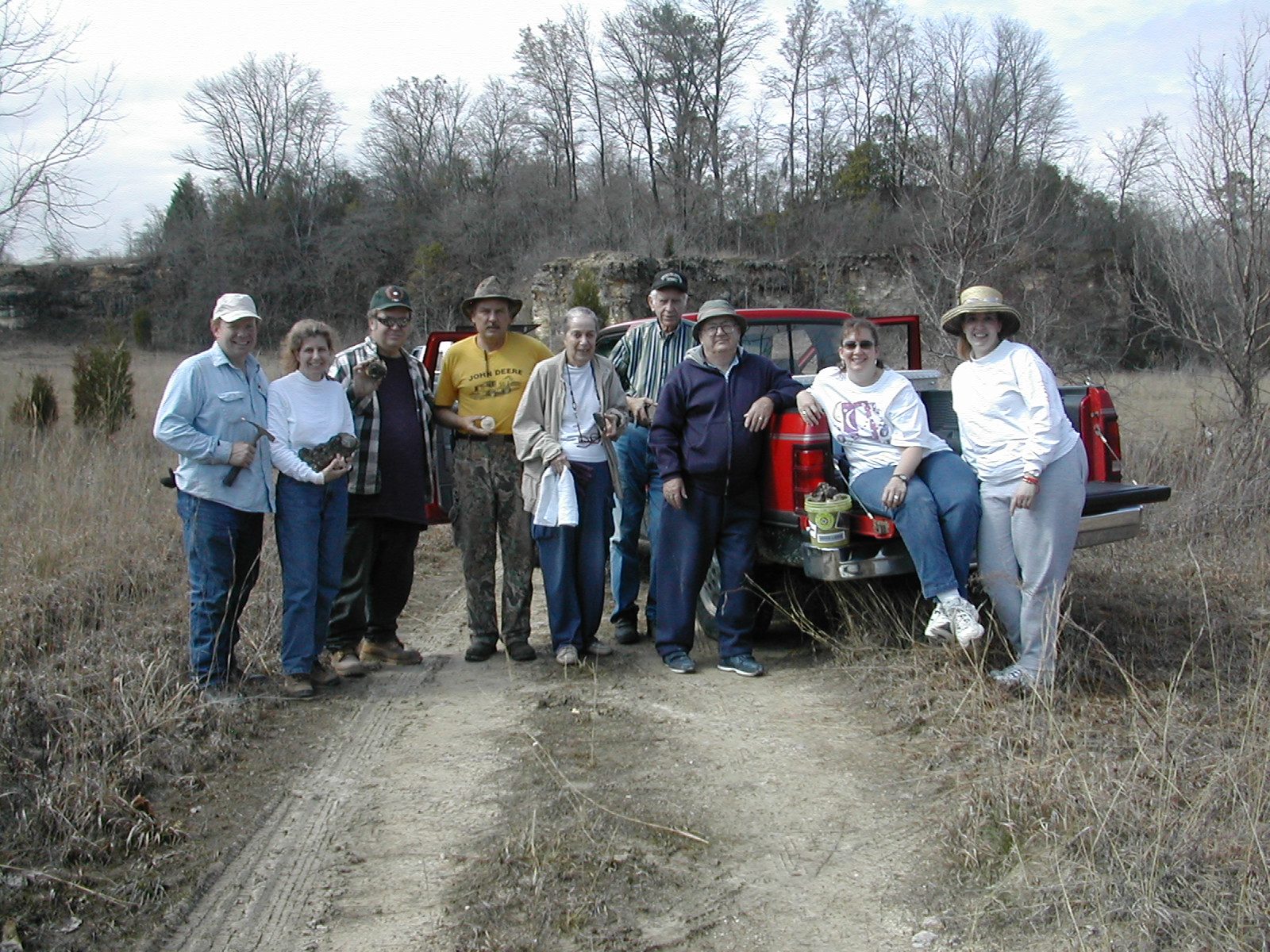 William, Betty, Tuell, Jim, Viola, Jack, Ron, Jennifer, and Jamie at a Perry field trip.