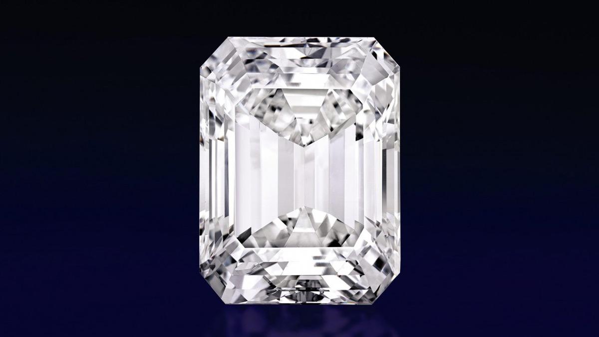 'Flawless' 100-carat diamond on show in Dubai