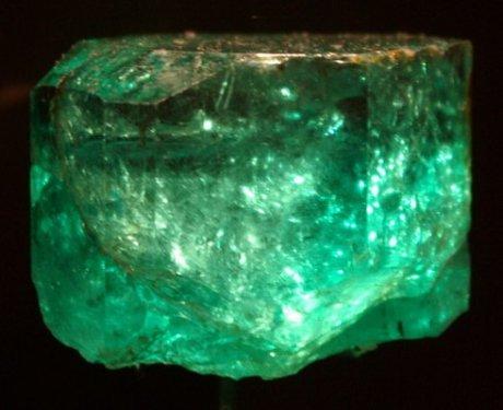 gachala-emerald-crystal-smithsonian-institution